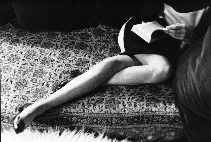 Đôi chân của Martine (phu nhân Henri Cartier-Bresson) - 1968