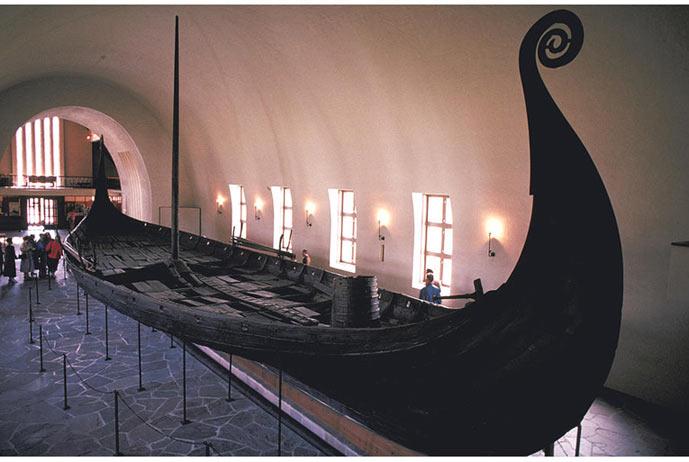 Thuyền của người Vikings trưng bày tại bảo tàng Oslo (Na-Uy)