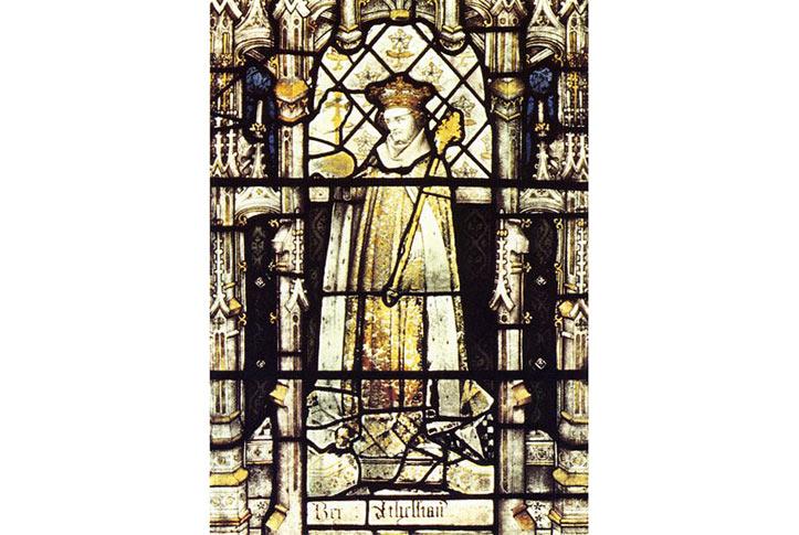 Chân dung Athelstan bằng kính màu, thế kỷ 15th, hiện nằm tại Nhà thờ All Souls của All Souls College (thuộc Đại học Oxford). Athelstan có công hàn gắn những rạn nứt giữa các Giám mục và giới quý tộc/lãnh đạo ở Anh, vì ông bố Edward I không mấy đoái hoài đến thành phần này.