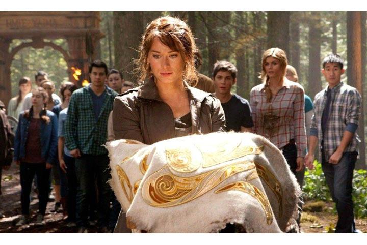 """Một cảnh của phim """"Percy Jackson 2"""" sắp công chiếu. Phim kể tích Hy Lạp nhưng nhân vật chính là teen – một nỗ lực câu khán giả trẻ tuổi của Hollywood."""