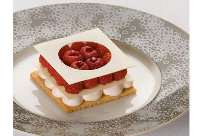 Món bánh ngọt nhân mâm xôi của Alain