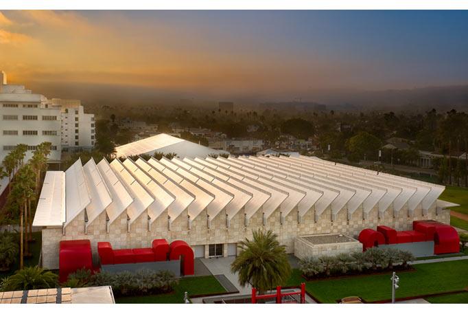Khu vực trưng bày Resnick Pavilion của LACMA