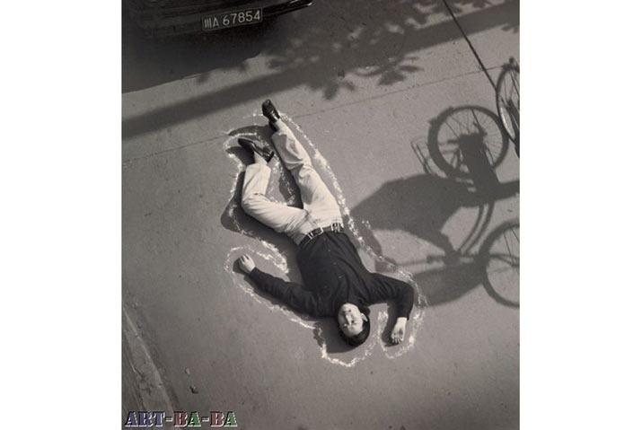 Một cảnh tai nạn giao thông, 1999, Thành Đô: Để xem trật tự bị đảo lộn và phản ứng của người qua đường